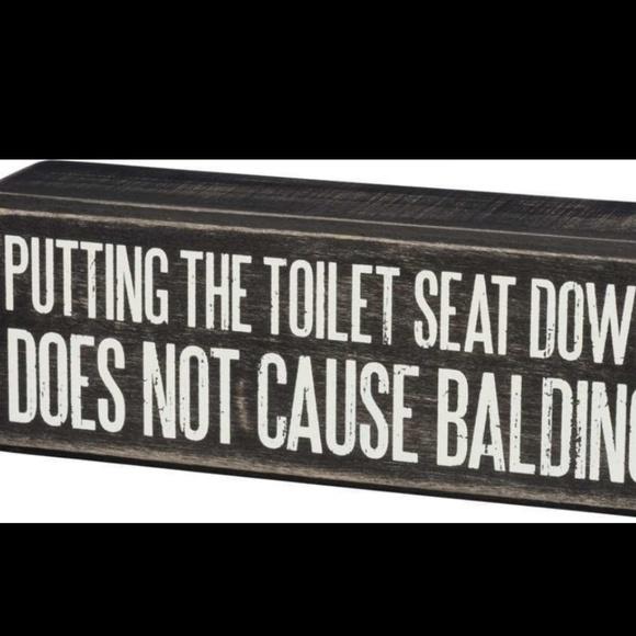 Miraculous Putting The Toilet Seat Down Balding Box Sign Nwt Uwap Interior Chair Design Uwaporg